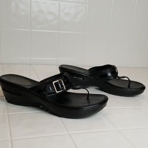 Cole haan w/Nike sole platform sandals size 10.5
